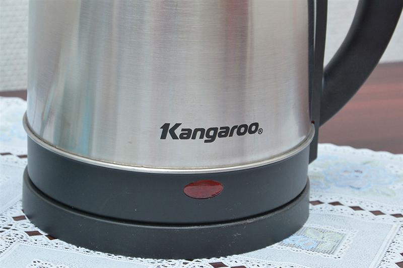 Ấm đun nước siêu tốc Kangaroo KG338 (1.8 lít)